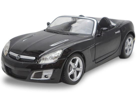 Black 1:24 Scale Maisto Diecast 2008 Opel GT Model