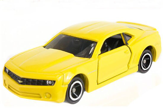 Yellow 1:65 Tomy Tomica NO.19 Diecast Chevrolet Camaro Toy