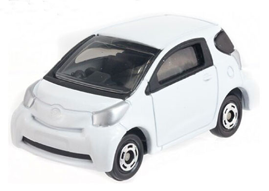 White 1:60 Scale Tomy Tomica Kids NO.28 Diecast Toyota IQ Toy