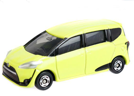 Yellow 1:60 Tomy Tomica Kids NO.99 Diecast Toyota SIENTA Toy