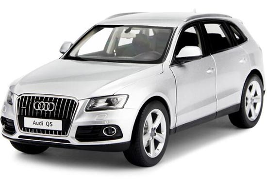 1:18 Scale Silver / Black KyoSho 2013 Diecast Audi Q5 Model