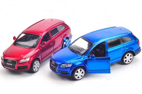 Red / Blue Kids 1:43 Scale Diecast Audi Q7 Toy