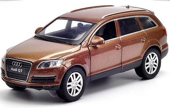 Black / White / Brown Kids 1:32 Scale Diecast Audi Q7 Toy