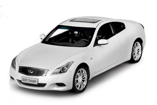 White / Red / Gray 1:18 Scale Diecast Infiniti G37 Coupe Model