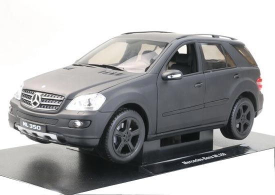 1:18 Black Welly Diecast Mercedes-Benz ML350 Model