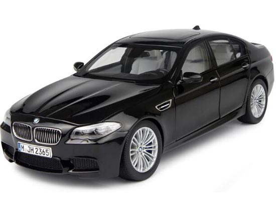 1:18 Scale PARAGON Gray / Black Diecast BMW M5 Coupe Model