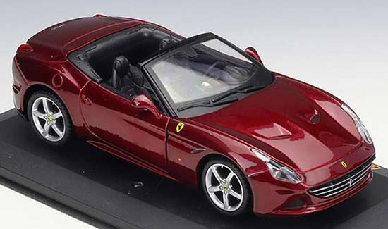 Wine Red 1:32 Scale Bburago Diecast Ferrari California T Model