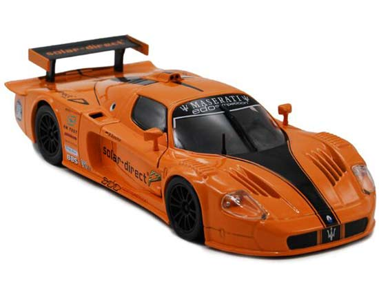 Bburago 1:24 Scale Orange Diecast Maserati MC12 Model