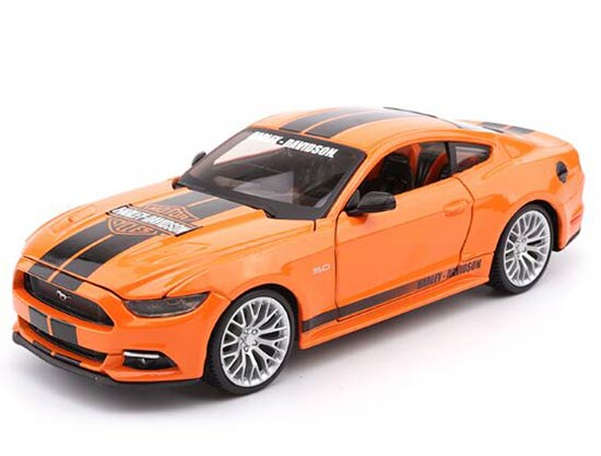 1:24 Scale Orange Maisto Diecast 2015 Ford Mustang GT Model
