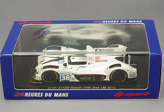 1:43 Scale White NO.38 2013 LM Nissan Racing Car Model