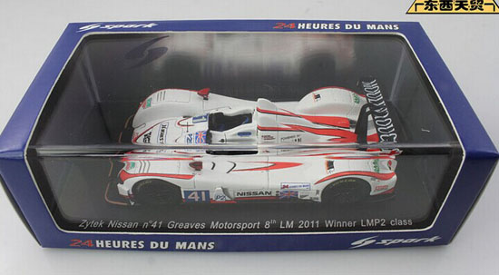 White 1:43 Scale NO.41 LM 2011 Nissan Racing Car Model