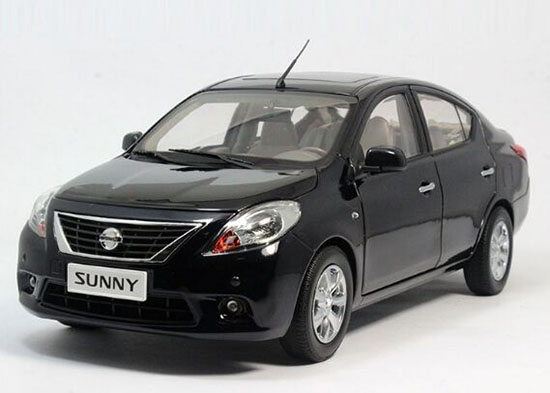 Black / Silver / Gray 1:18 Scale Diecast Nissan SUNNY Model