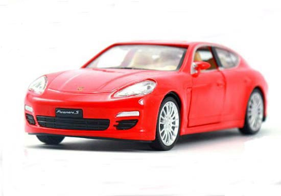 1:32 Scale Black / Red / Blue / Champagne Porsche Panamera S