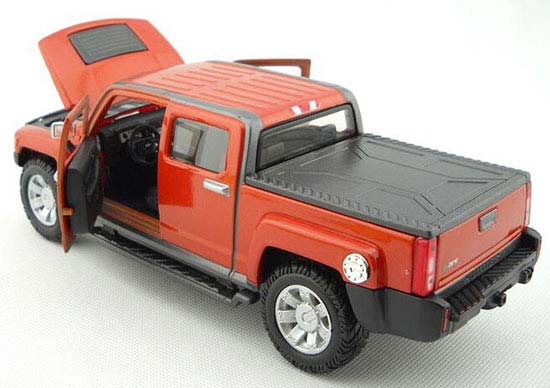 1:26 Scale Wine Red MaiSto Diecast Hummer H3T Pickup Truck Model
