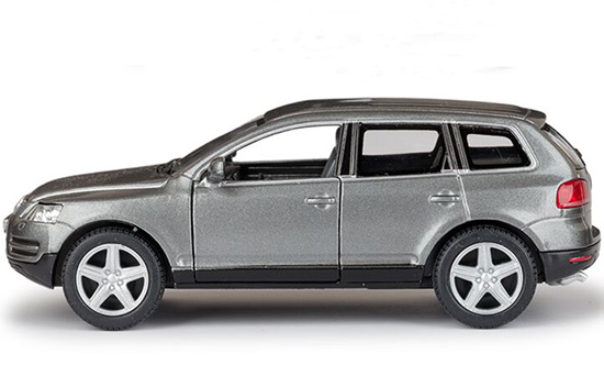 Kids 1:38 Red / Black / Silver/ Gray Diecast VW Touareg Toy